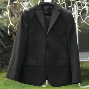 Practically New Boys Michael Strahan Suit